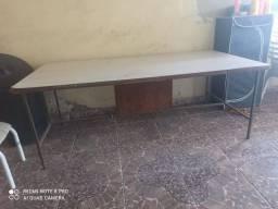 Mesa grande 2 metros de comprimento Realengo