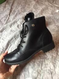 Vendo esta bota femenina