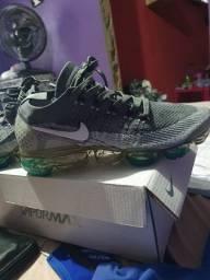 Nike vapor max  vietnã.