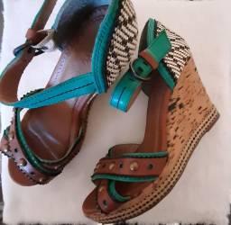 Sandália cravo e canela