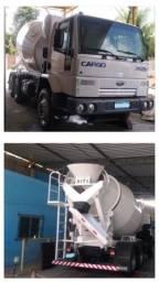 Vendem-se caminhões betoneira