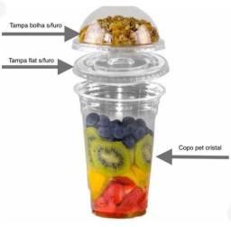 50 copos de 550 ml com 50 tampa reta e 50 tampa bolha