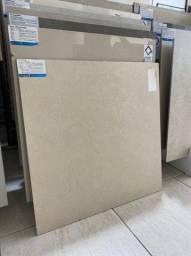 Porcelanato Retif. Coml. Acetinado   R$ 29,90 m2