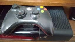 Vendo Xbox valor r$ 1000,00