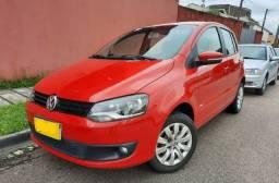VW Fox Trend 1.0 Flex 2012 Vermelho