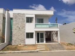 Casa em condomínio - 3 Suites- Bairro Jose de Alencar