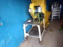Garapeira elétrica pronta pra trabalhar