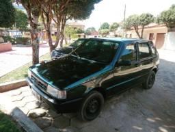 Uno Mille EP 96 carro de garagem