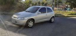 Celta 2005 com gás
