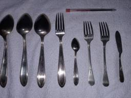 8 Talheres em Prata