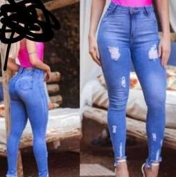 Calça jeans, despojada veste 42_44 troco