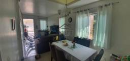 Casa com 2 Dormitórios Terreno 8x31