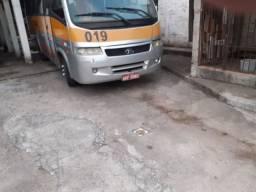 Ônibus escolar a8 on, volare