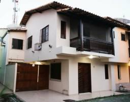 Alugo casa no centro de Rio das Ostras
