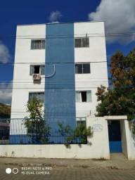 Aluga-se Apartamento Seminovo no Edifício Arco Iris - Bairro Vale do Sol