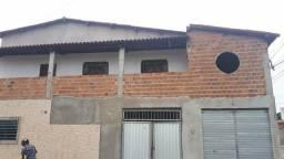 Casa grande com três quartos