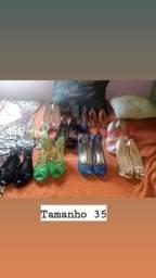 Sapatos tamanho 35/Macaquinho academia tamanho P