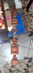 Decoração de madeira maciça