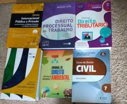Livros de Direito em ótimas condições, alguns não foram usados, ano 2020, 2019
