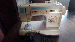 máquina  costura  portátil