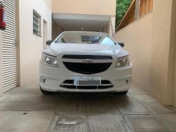 GM ÔNIX 1.0 - IMPECÁVEL! Único Dono/ 46 mil km / Financio