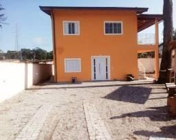 Casa na praia de Bertioga disponível para várias datas
