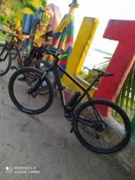 Vendo bike top... Toda Deore....