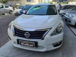 Nissan Altima 2.5 SL ano 2014.Fone: *.