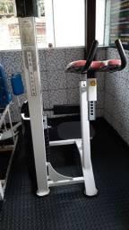 Cadeira Flexora em pé- GLUTEA