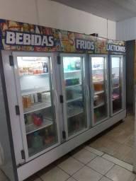Expositor e Refrigerador Vertical Auto Serviço.