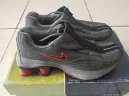 Nike Shox R4 primeiro modelo 2001