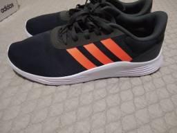 Tênis Adidas tamanho 41