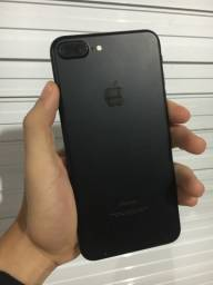 A VISTA DOU DESCONTÃO!! IPhone 7 Plus 32gb!! Novo!!