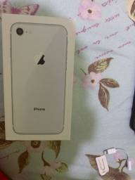 Vendo caixa de iPhone 8 64 gb