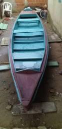 Vende- se canoa de 6 metros