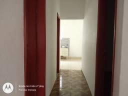 Casa 03 dormitórios, centro