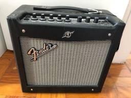 Combo Guitarra Fender Mustang I V2