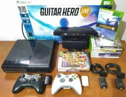 Zero! Xbox 360 250GB completíssimo (62 jogos originais + 2 manetes + Kinect + guitarra)