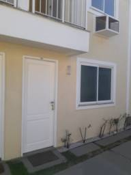 Excelente Casa Duplex 2 qts c/suítes à 400 mts da Bandeirantes - Camorim