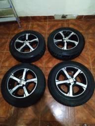 Vendo jogo de roda aro 14 do Onix ou prisma já com pneus novos 2000mil