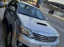 Toyota Hilux SW4 3.0 diesel 2015