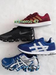 Tênis excelente marcas n.42