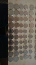 São 50 moedas antigas por esse precinho