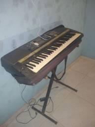 Vendo esse teclado psr 640