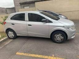 GM Chevrolet Onix Completo impecavel
