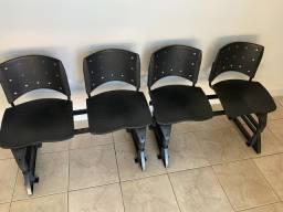 Longarina de 4 lugares - Consultório Odontológico