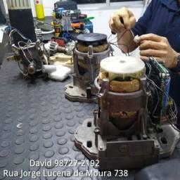 Manutenção em motor de portão de garagem
