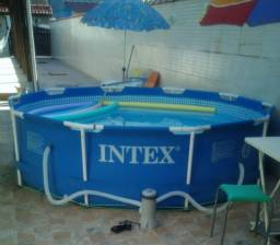 Piscina Intex 4.485 Litros Estrutural Azul com Bomba Filtrante