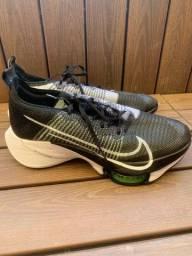 Tênis Nike Airzoom Tempo Next