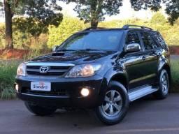 Toyota Hilux SW4 4P